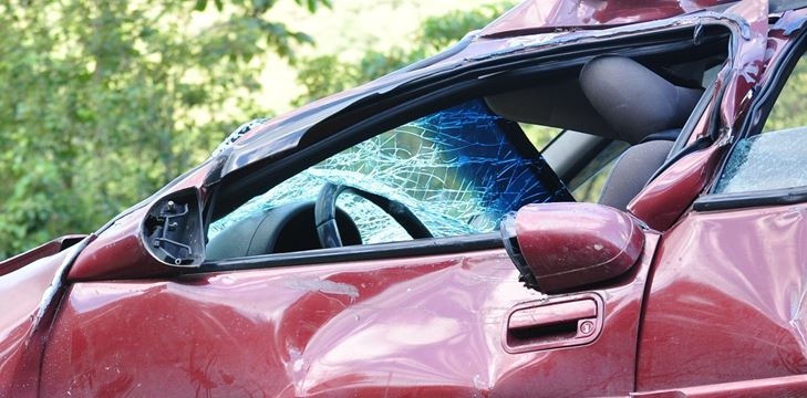 Lawsuit loans on improper turn car accident claims